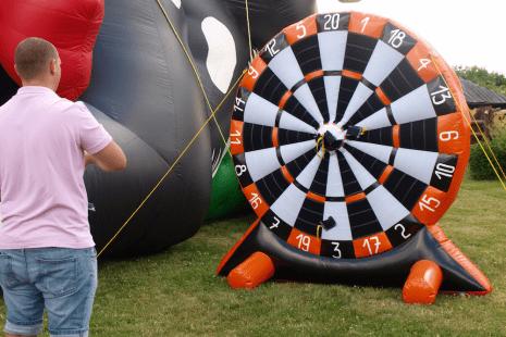 dmuchany dart - atrakcje dla dorosłych